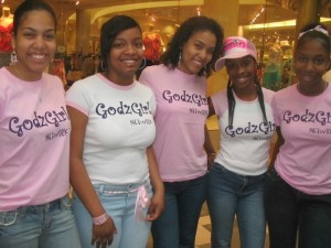 Godzgirls in Mall